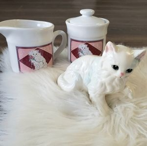 B2G1 VTG Persian Cat Cream & Sugar 3 Piece Set